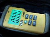 UEI Multimeter EM201